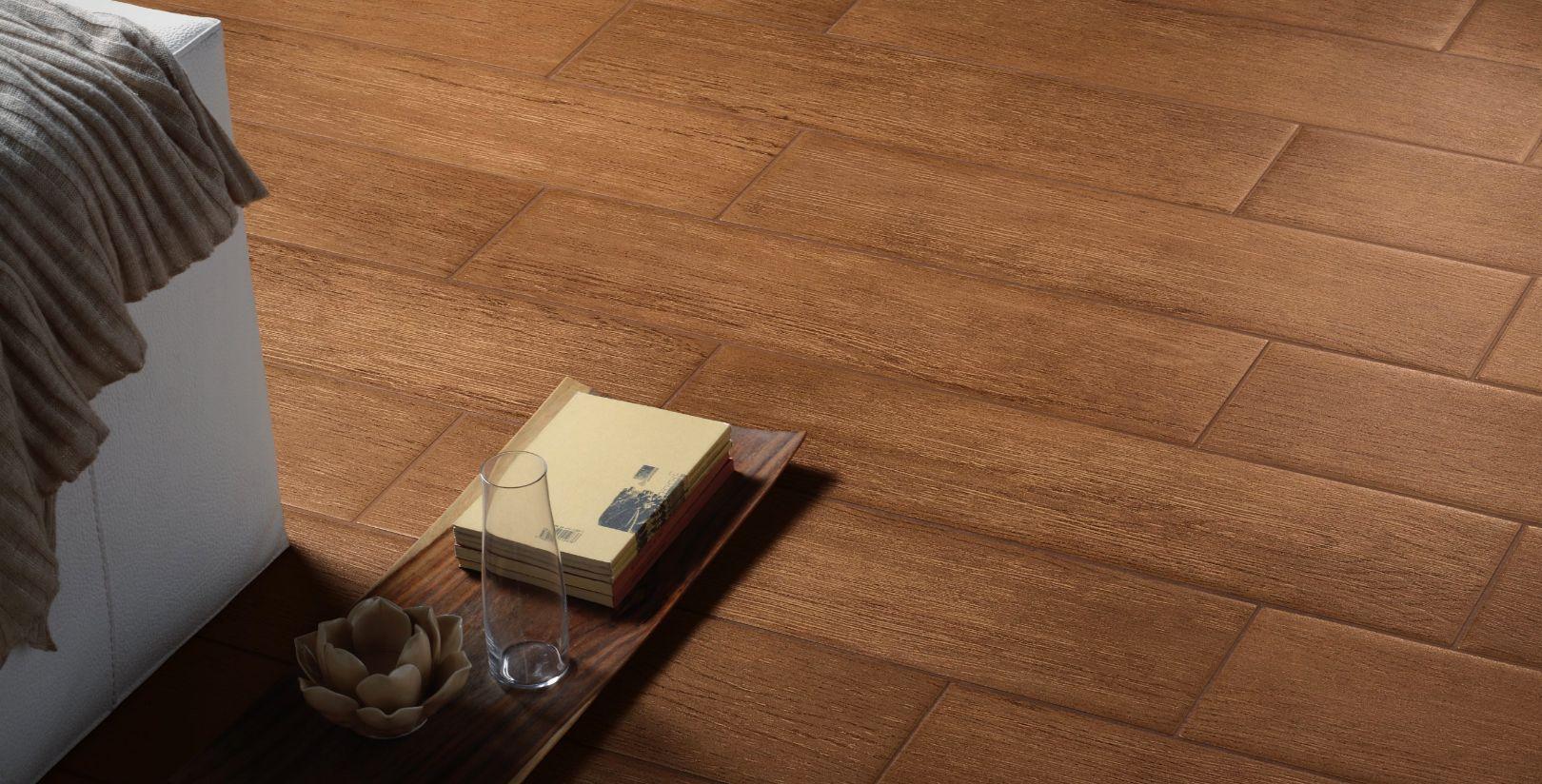 Pavimento in gres porcellanato effetto legno for Pavimento ceramica effetto parquet